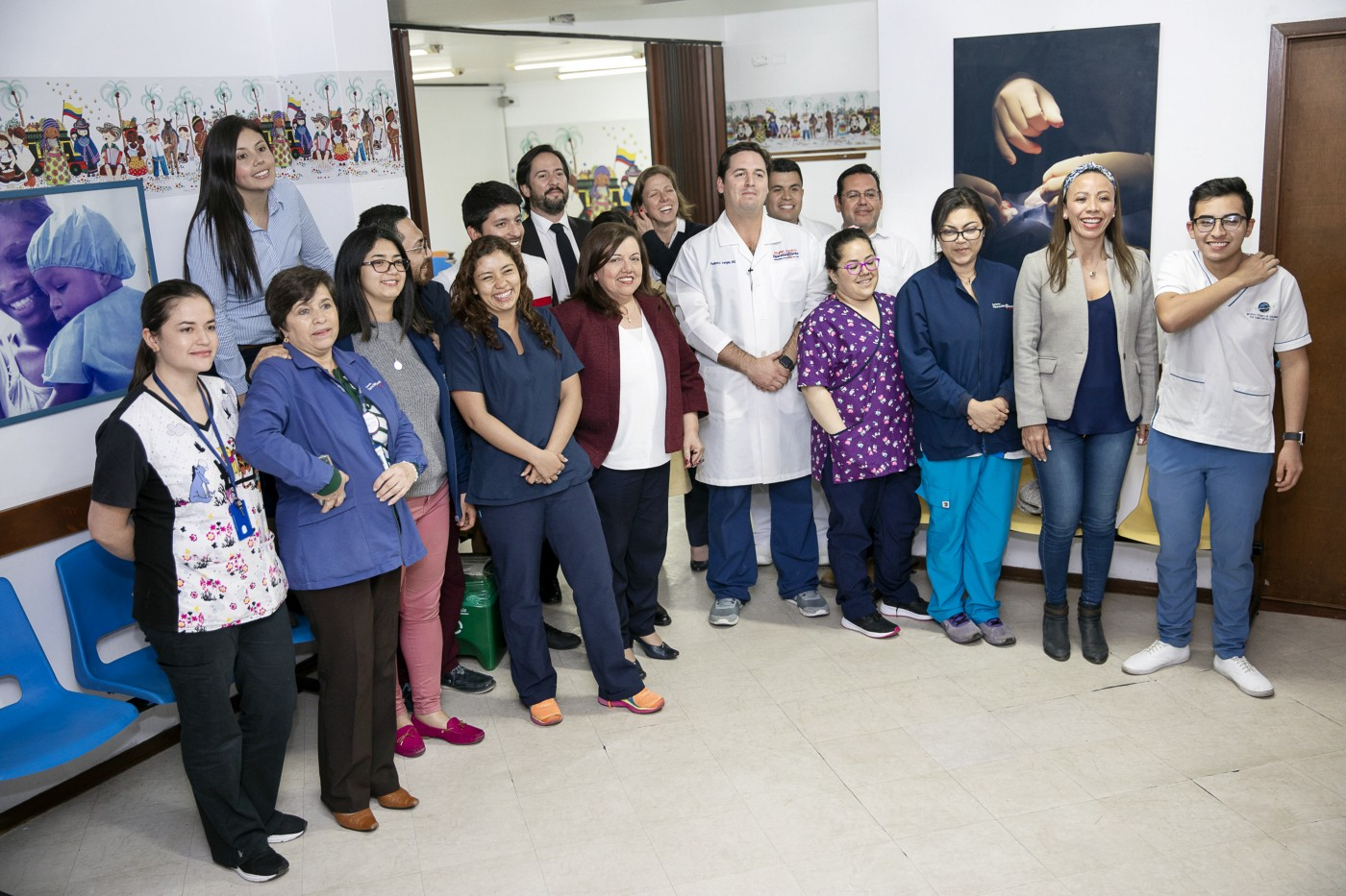 A group photo of Operation Smile Colombia volunteers and staff.
