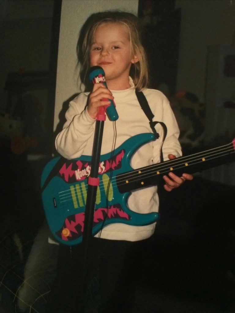 Featured: Taylor as a young girl performing for her family.