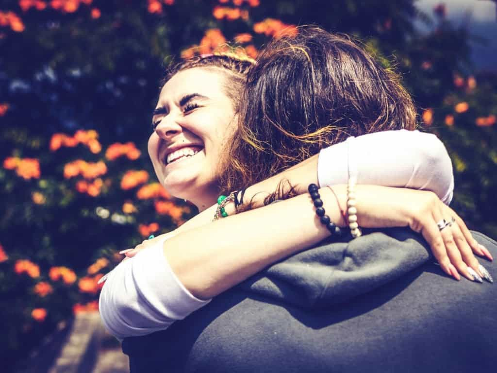 7 THINGS THAT HAPPY PEOPLE DO FREQUENTLY