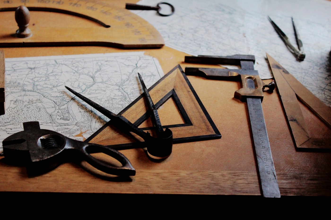 A work table covered with tools