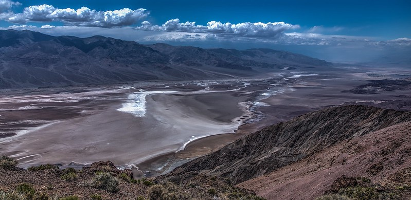 A view looking into Death Valley, CA, one of the hottest places on Earth.