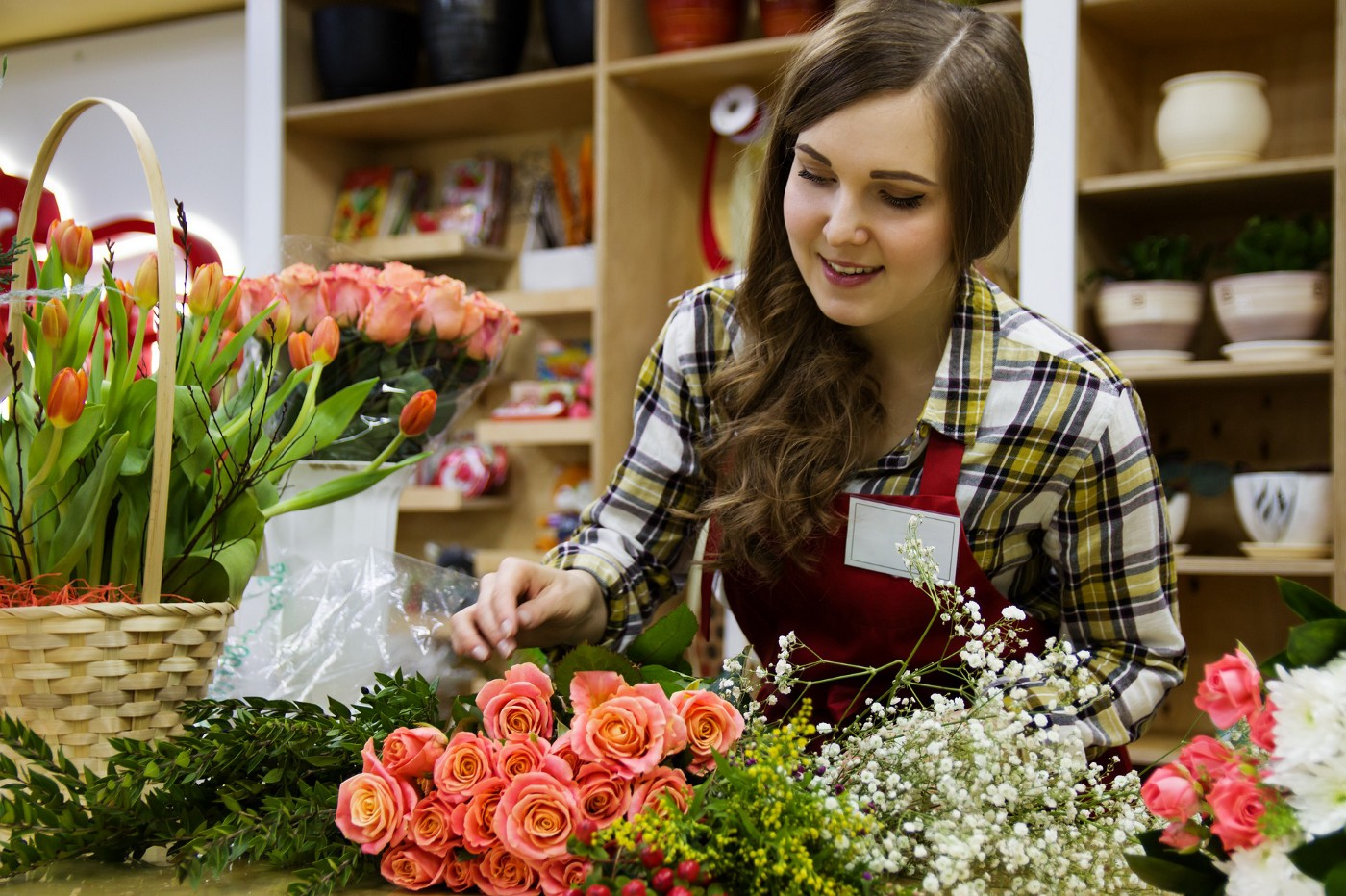 A happy florist at work
