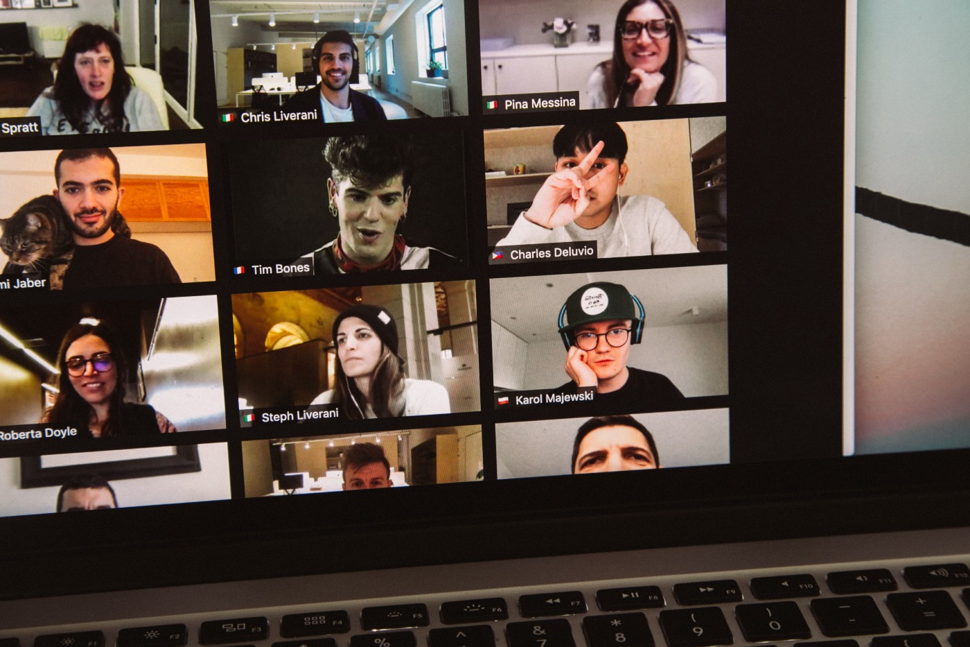 An active video call session underway with many participants, but no captions.
