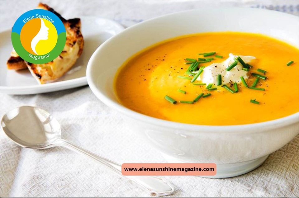 Soup with pumpkin and parmesan
