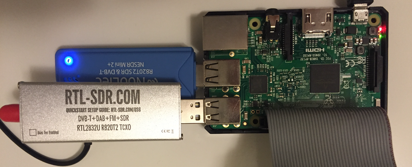RTL-SDR Blog silver dongle first impressions, compared to NooElec