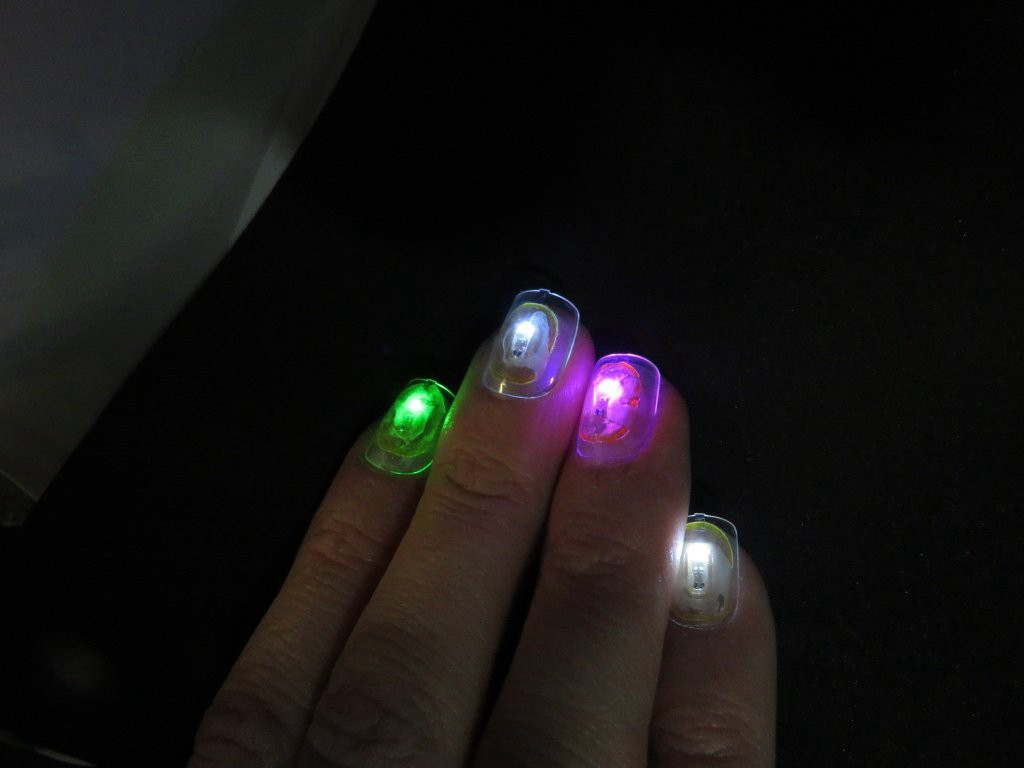 How to Embed NFC Chips into Your Acrylic Fingernails for Unlocking