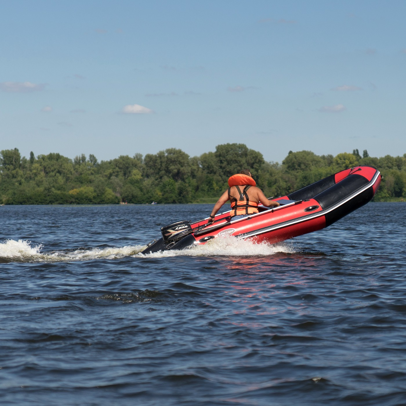 Pros and Cons of Rigid Inflatable Boat - Beluga Boats - Medium