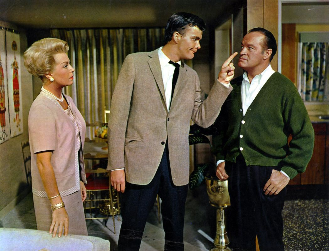 ff61f127f27 Bachelor In Paradise 1961 *** dir: Jack Arnold cast: Bob Hope, Lana Turner,  Paula Prentiss, Jim Hutton, Agnes Moorehead Hope plays a decadent writer ...