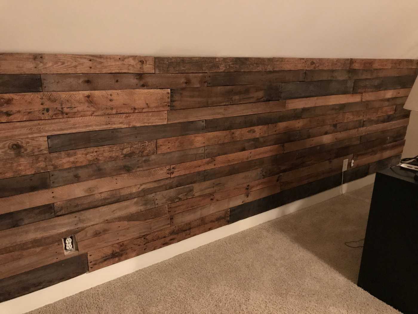 How to Install a Beautiful Accent Pallet Wall, Plus Accessories