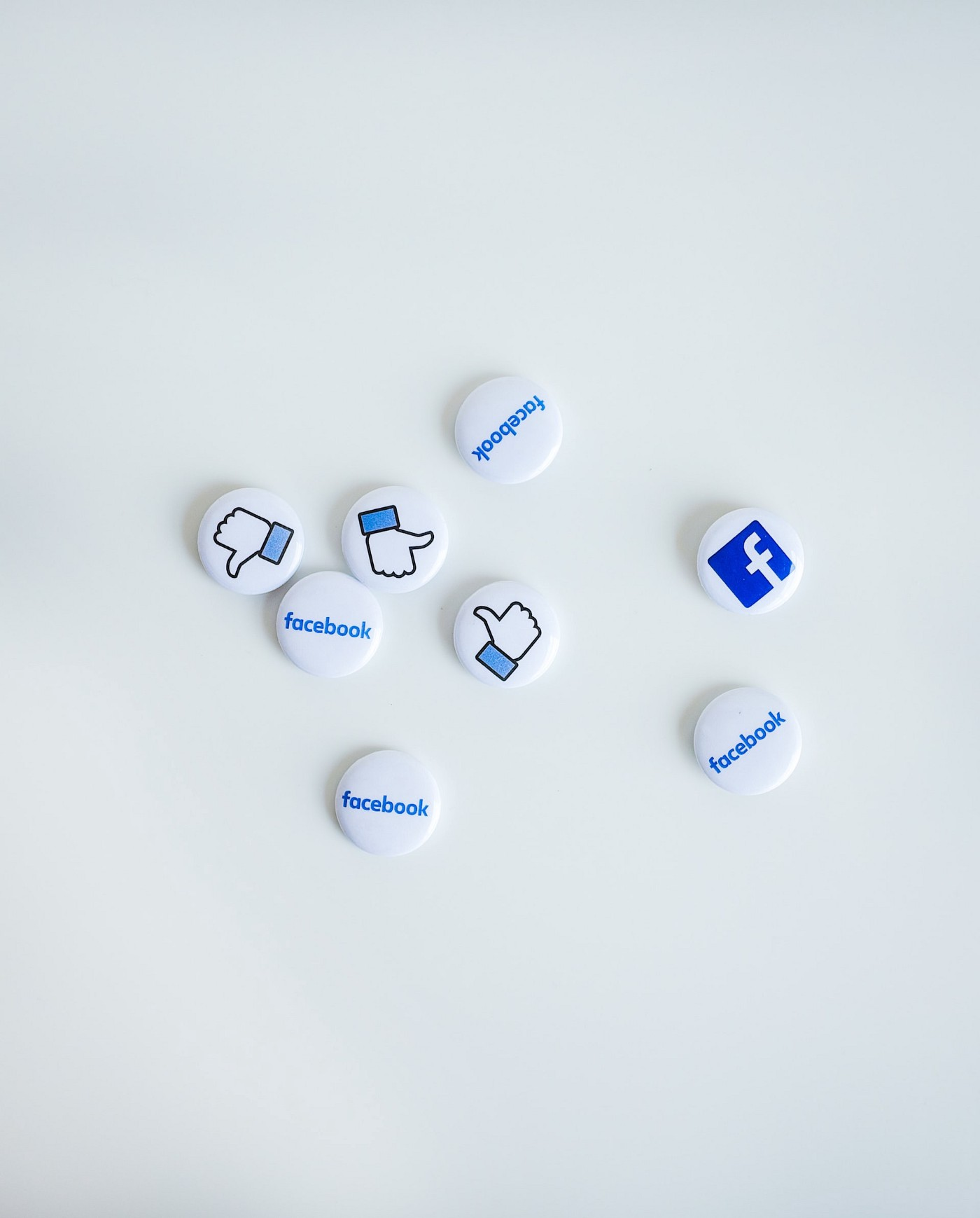 Facebook icon pins