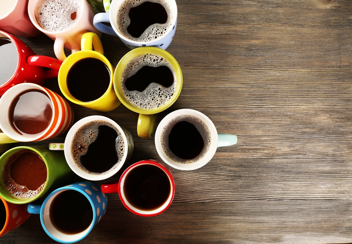 A table with several cups of coffee
