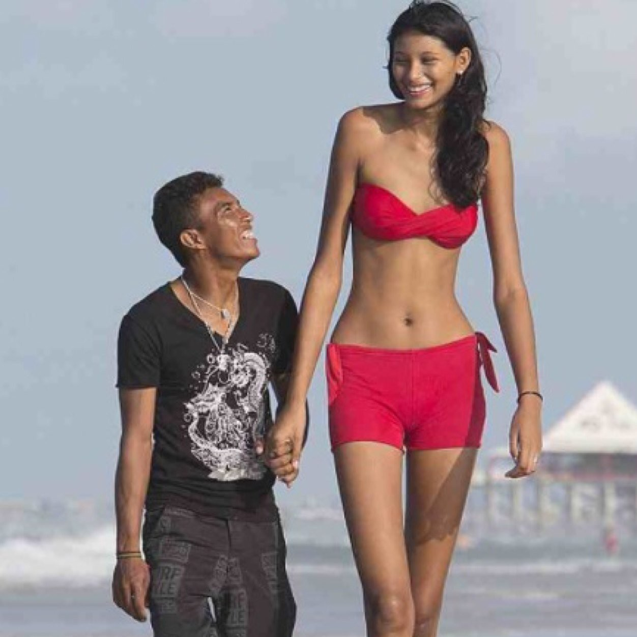 Dating tall girl Women Who