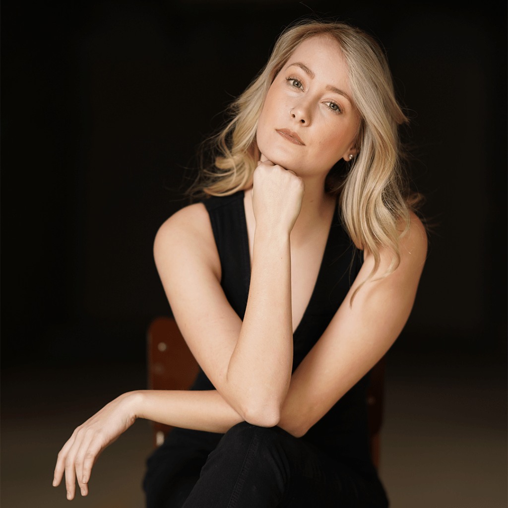 Featured: Canadian country artist Emily Clair