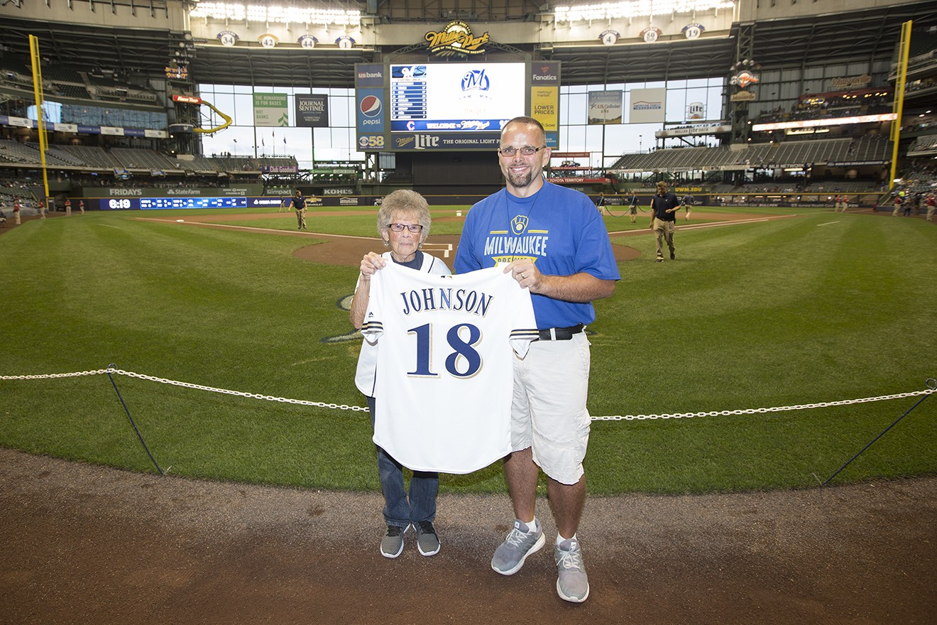 Congratulations to Brewers Community Achiever Amber Johnson