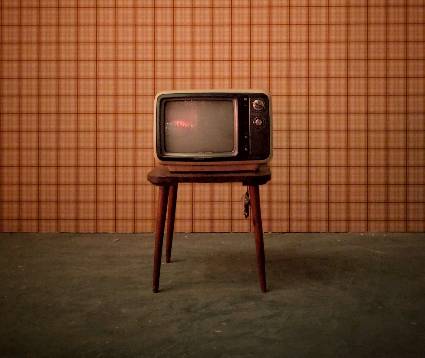 This is an old TV that we stick to when we don't like change