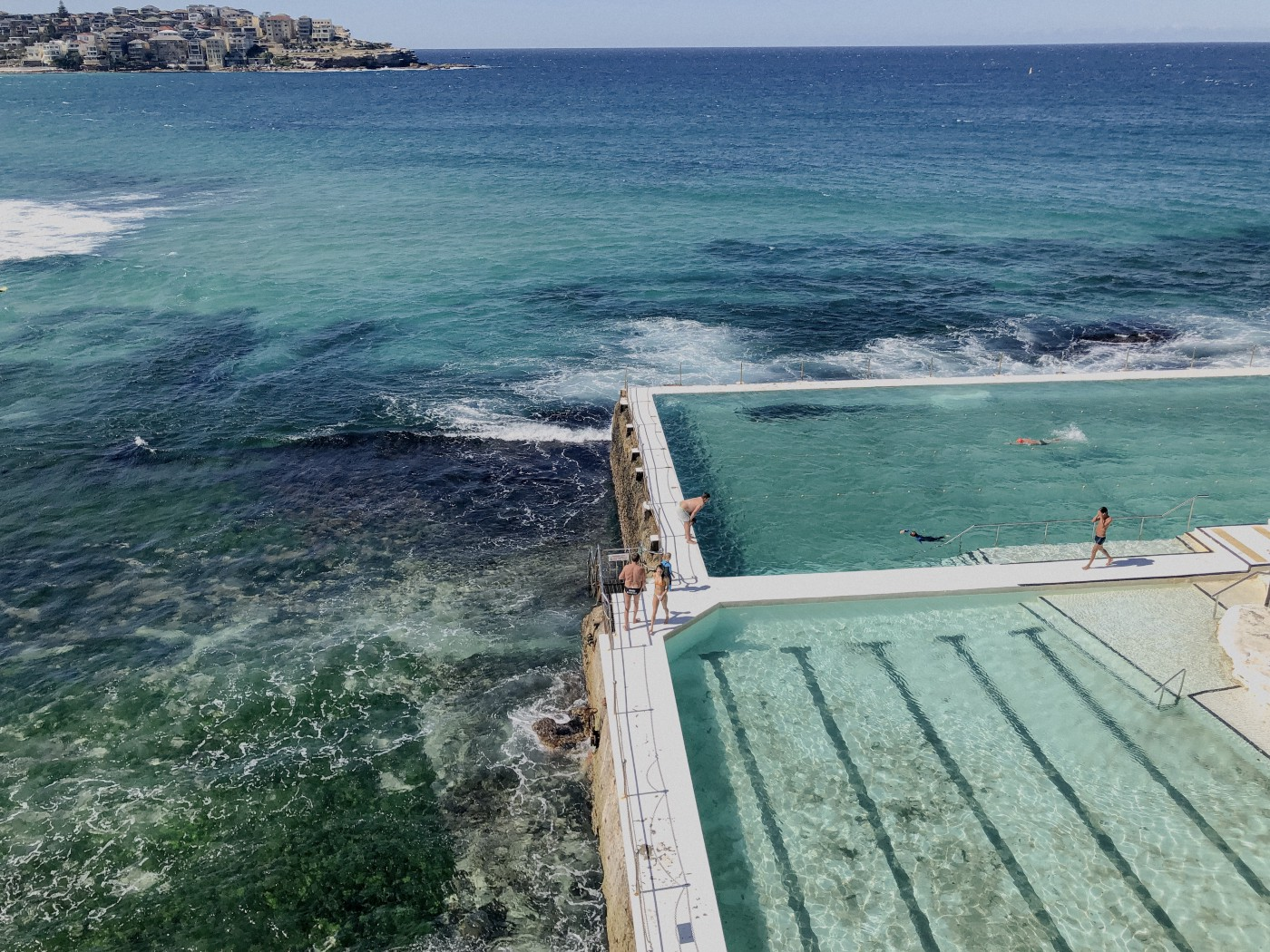 Bondi beach iceberg ocean pool
