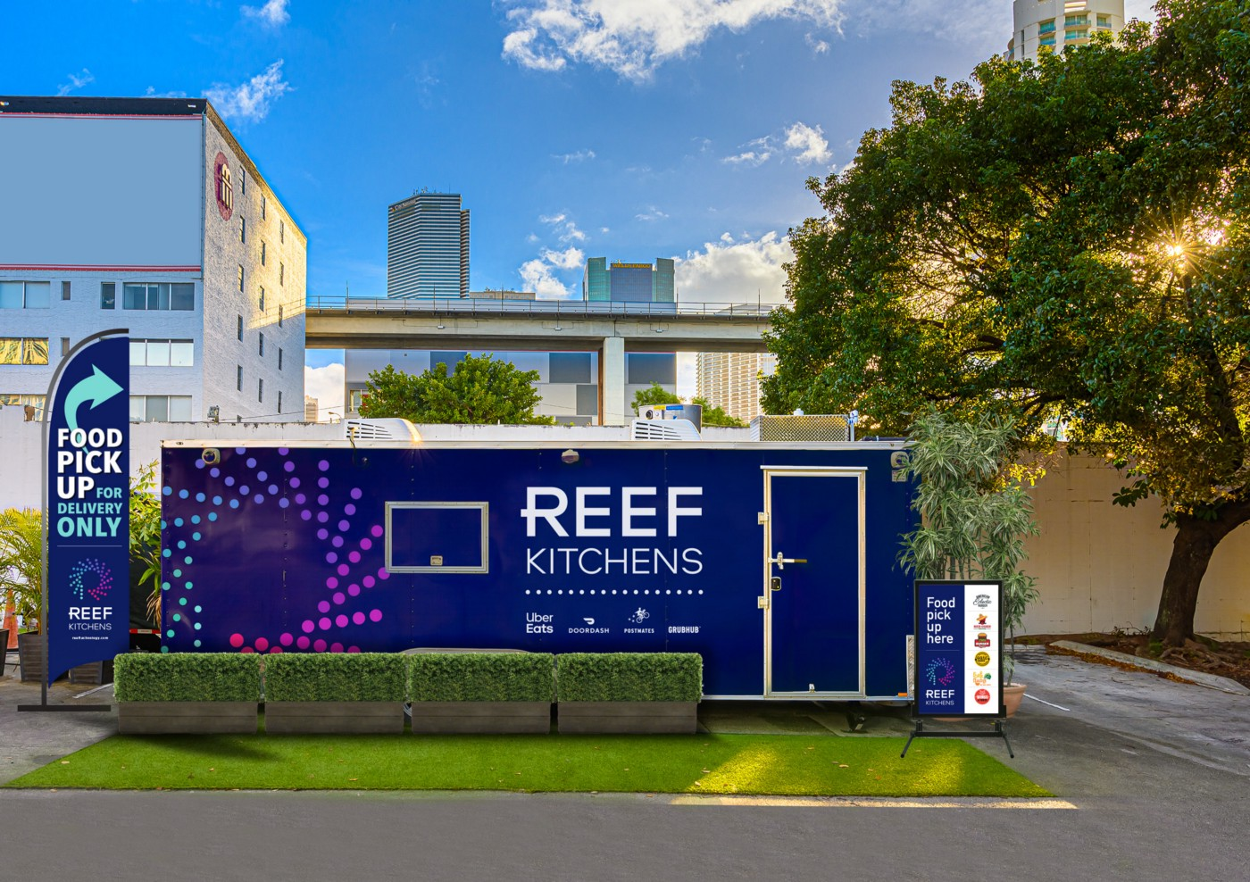 A pop-up REEF kitchen.