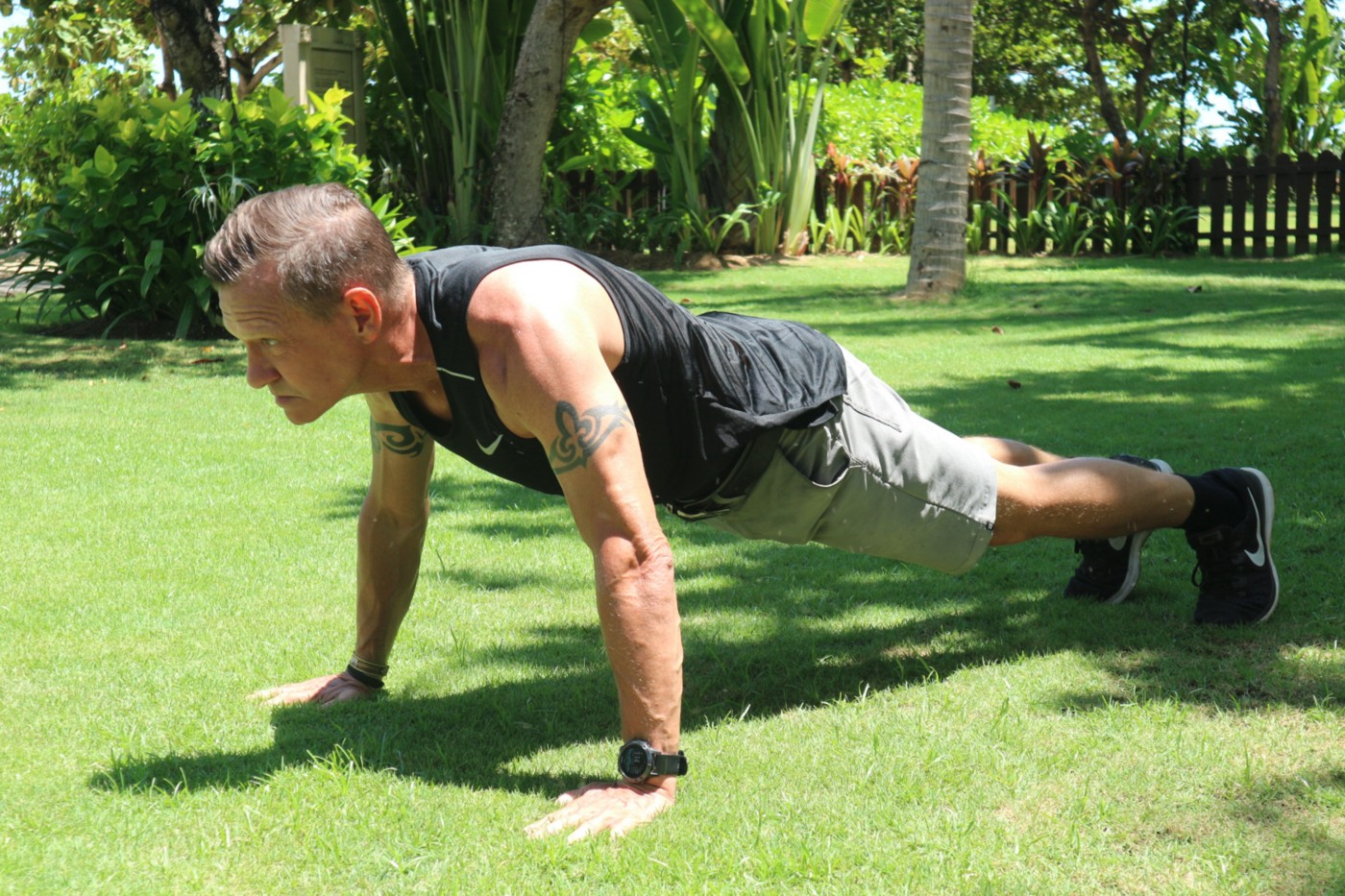 static push-up plank position