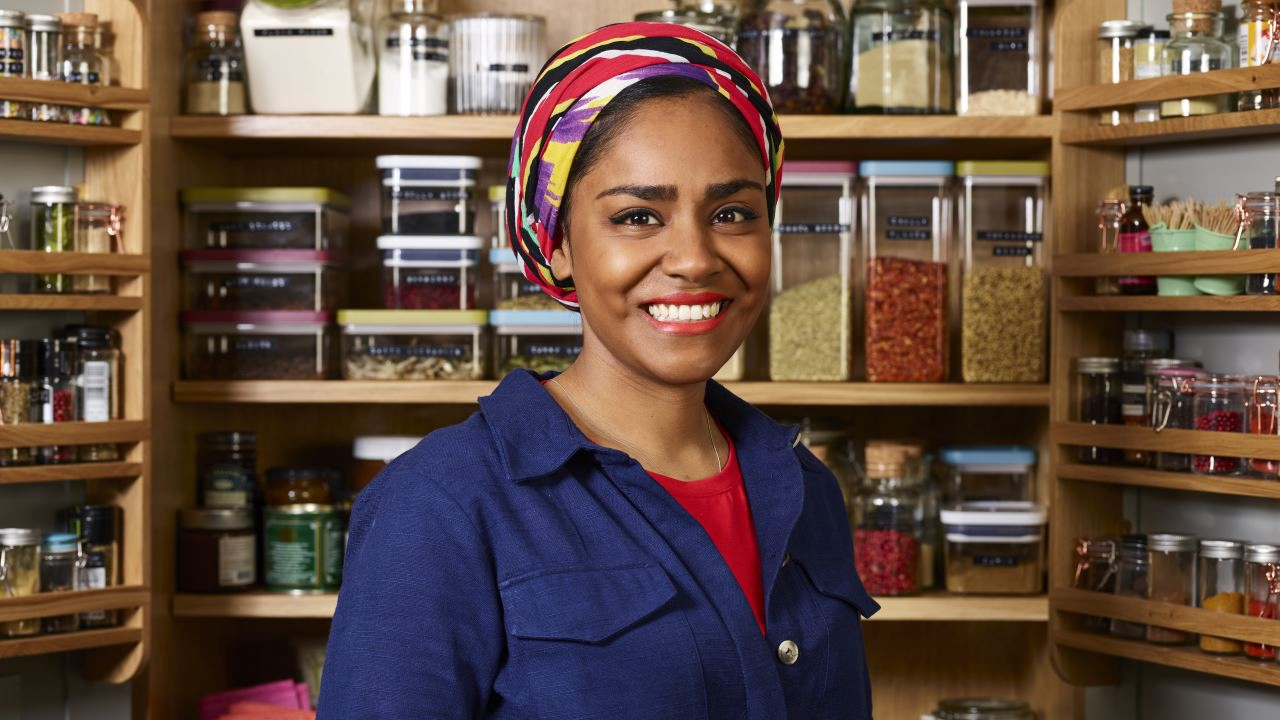 Nadiya's Time to Eat Season 1 Episode 2 :: Baking Made Easy