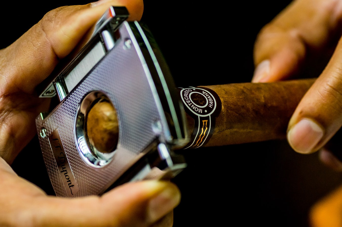 Cutting Your Cigar: An Overview. Yes — there is more than one way to cut…    by Mason Nowak   CIGARRO   Medium