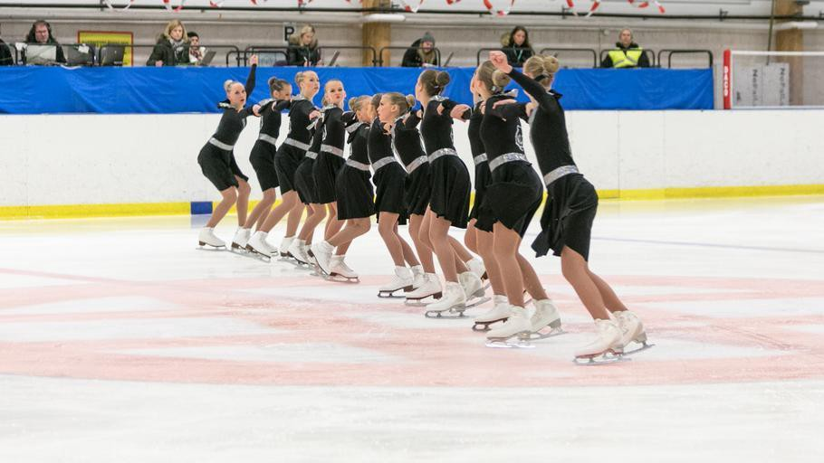Young synchronized skaters competing in Greece circa 2016. Creative Commons.