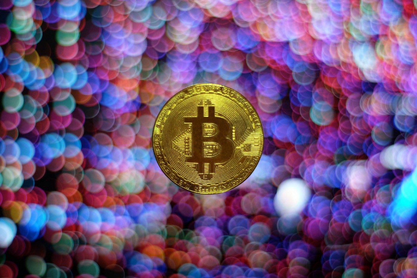 Bitcoin and cryptocurrency, Photo by Viktor Forgacs on Unsplash