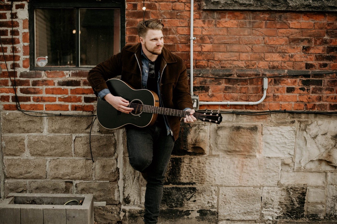 Featured: Canadian Country Artist Greg Rider.