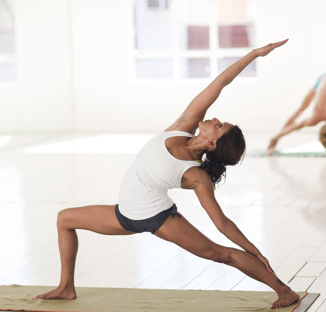 Stretching article by Patricia Bech