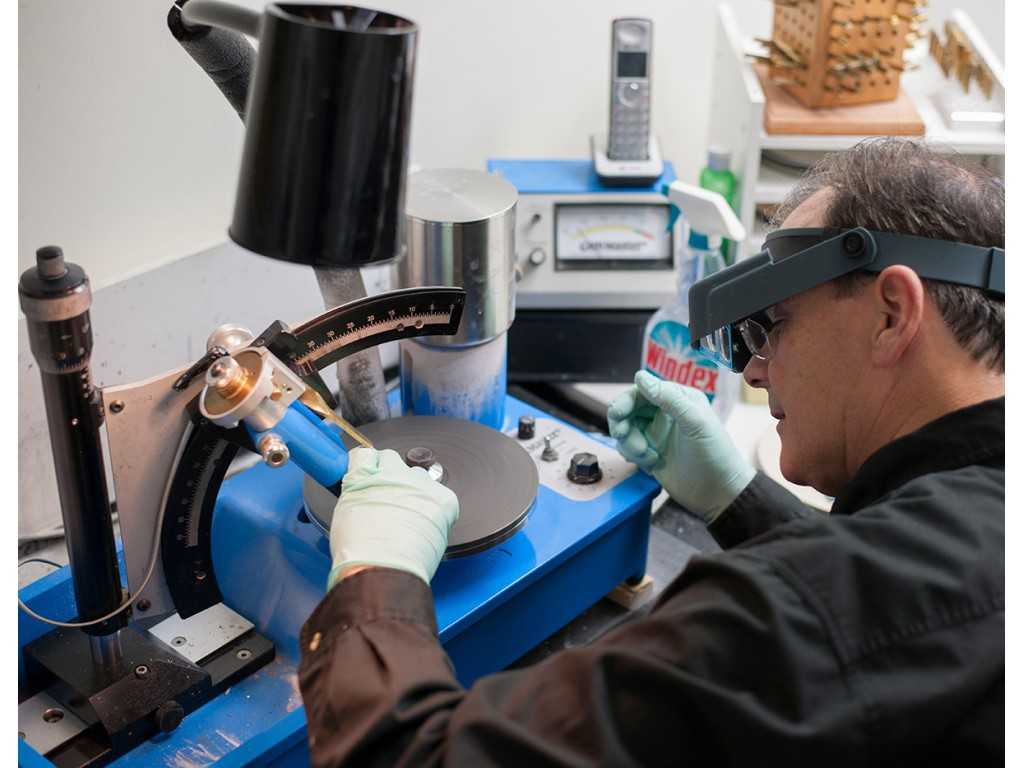 How to Choose the *BEST* Faceting Machine for Your Needs