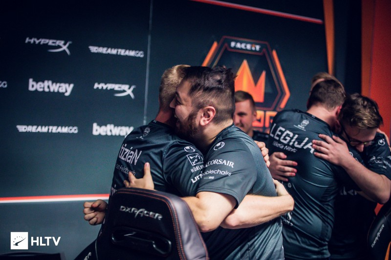 Overview: FACEIT LONDON MAJOR 2018 - Ash Whyte - Medium