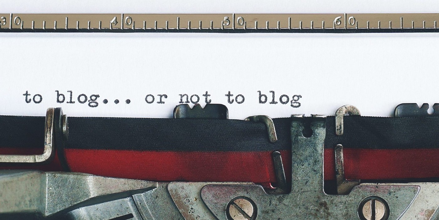"""antique typewriter with the text """"to blog…or not to blog"""""""