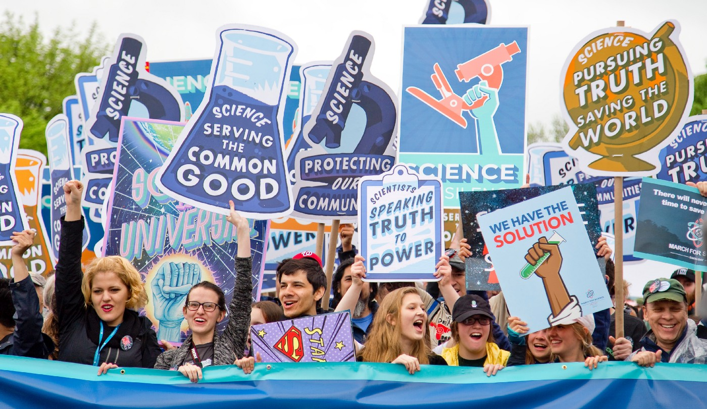 Protesters against Trump—Supporting Science