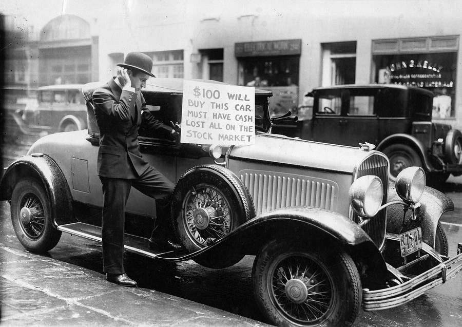 Man sells his car in New York during the Great Depression