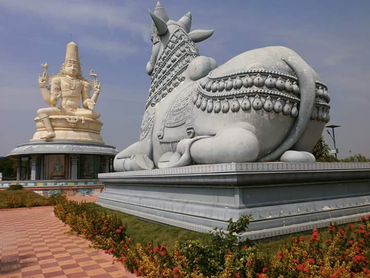 The Big Head of lord Ganesha inspires us to Think Big, dream big and