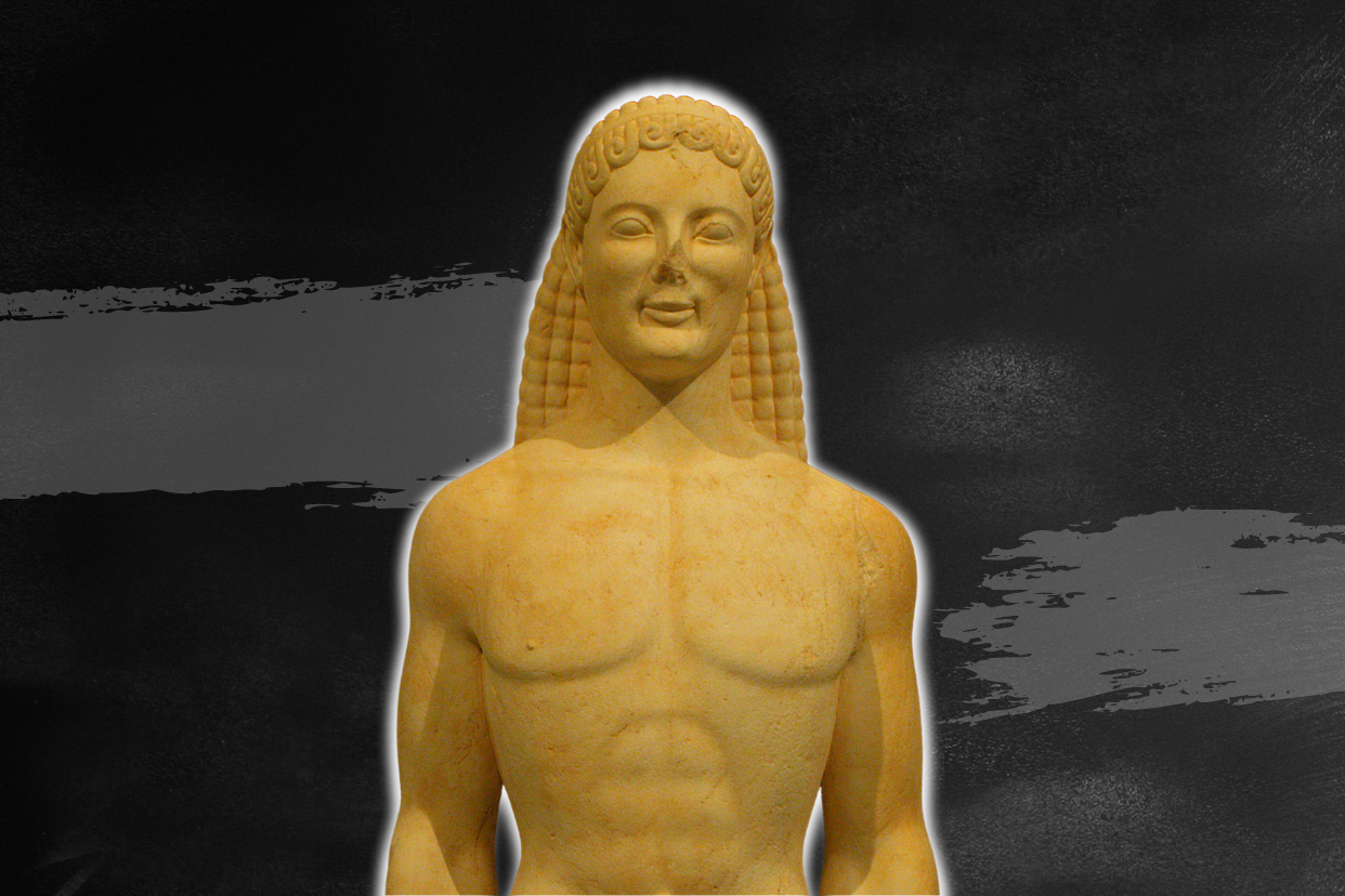 Picture of the Getty kouros taken from the front. The statue represents a young naked male standing straight.