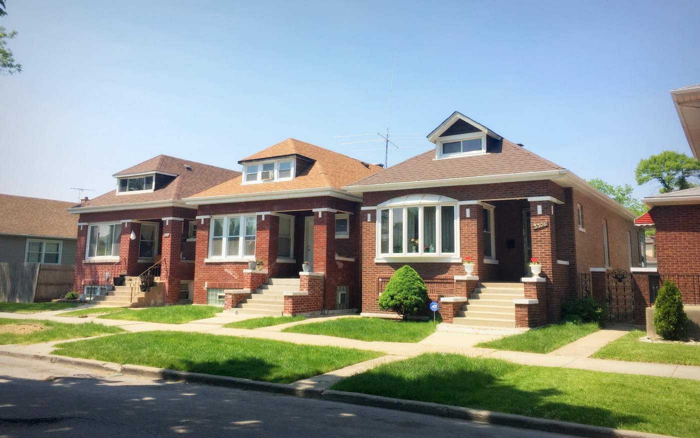 Not Every Small Brick House In Chicago Is A Bungalow By Samantha Clark Chicago Cityscape
