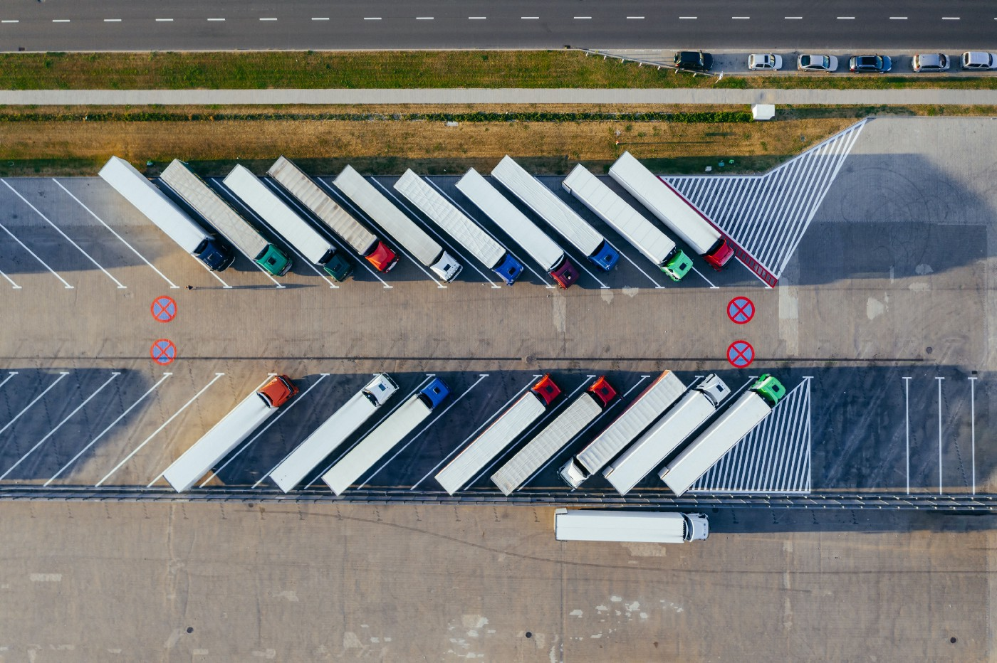 3PL logistic companies with electric vehicles