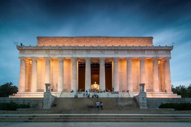 The Lincoln Memorial's neoclassical facade