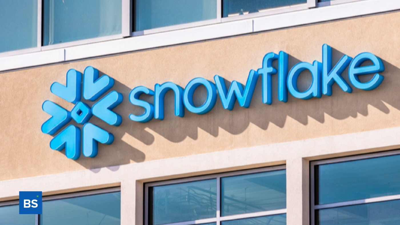 A photo of Snowflake's signage.