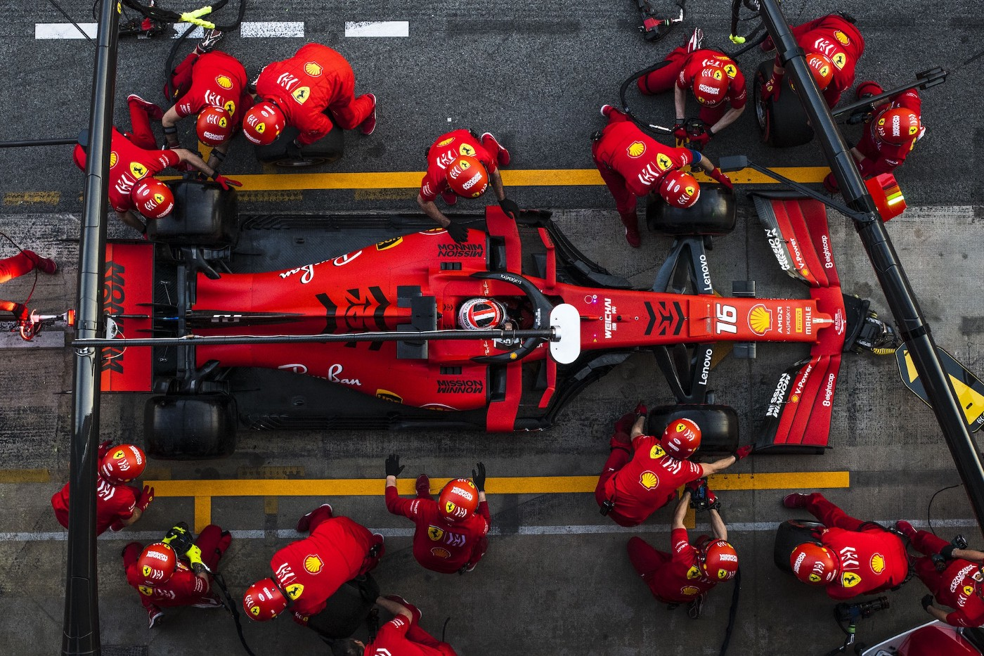F1 pit stop crew at work.