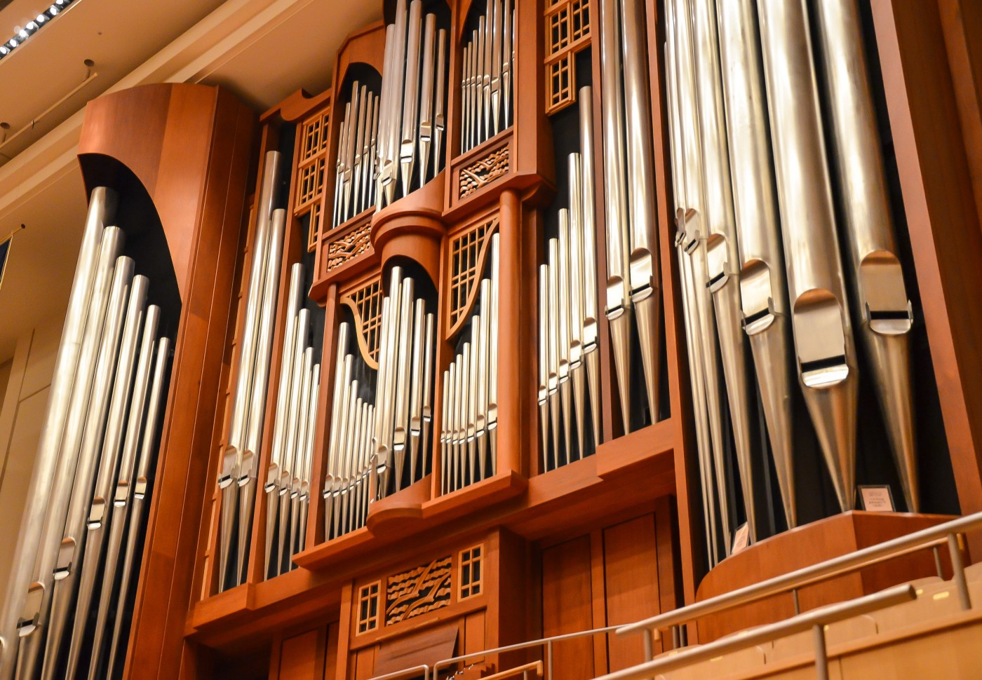 large church pipe organ