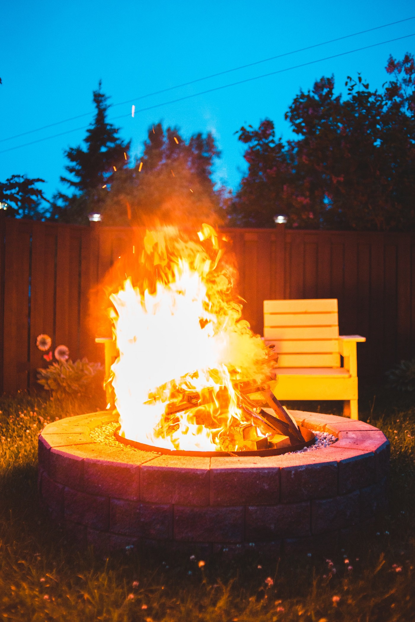 A picture of a bon-fire