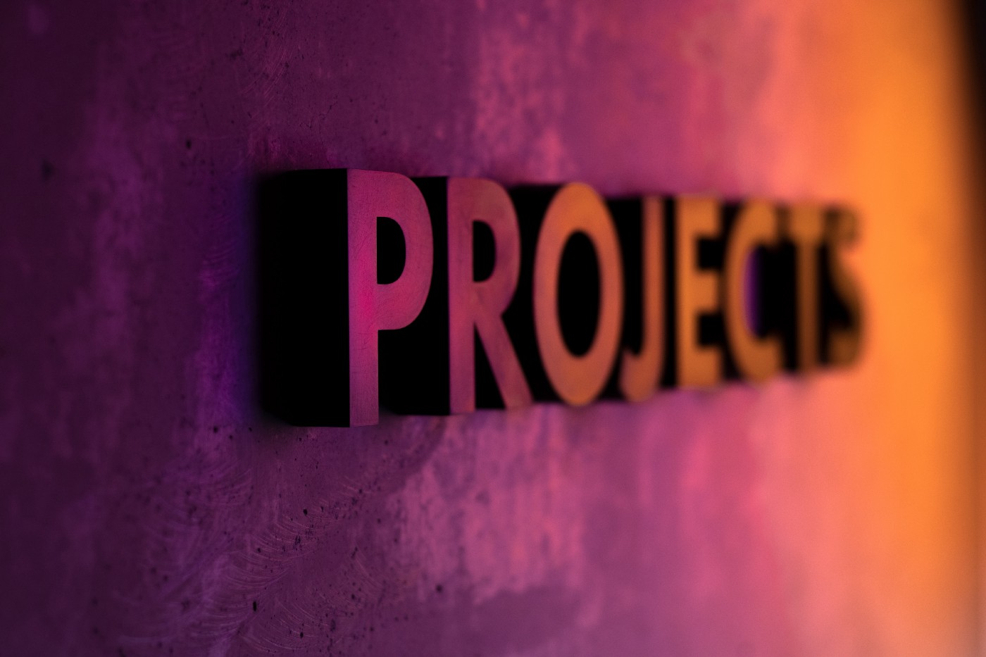 """A writing on the wall saying """"Projects"""""""