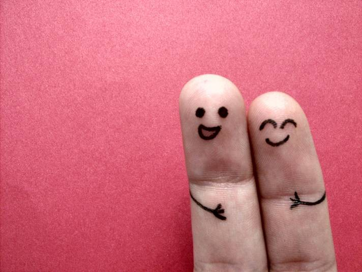 happy-and-smiling-fingers