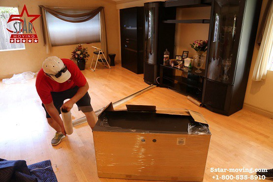 Movers In North Hollywood