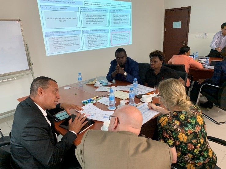 EDM executives, including General Director for Commercial, Benjamim Fernandes, learn about the HCD process.