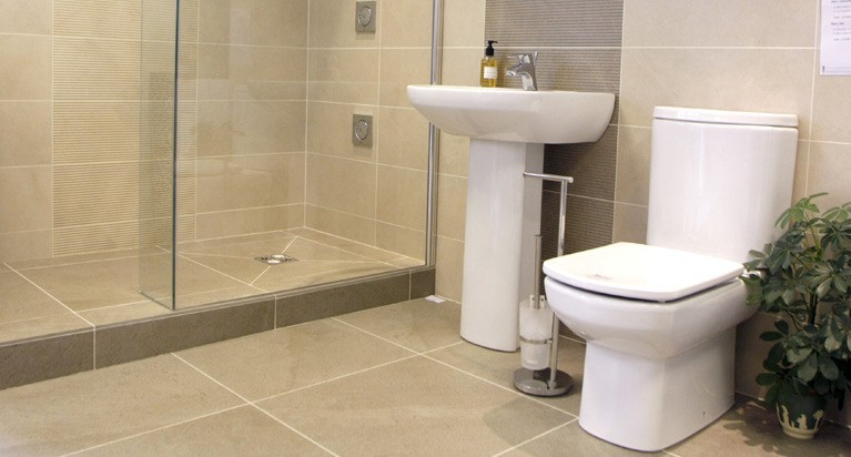How To Choose Bathroom Tiles For A Small Jessie
