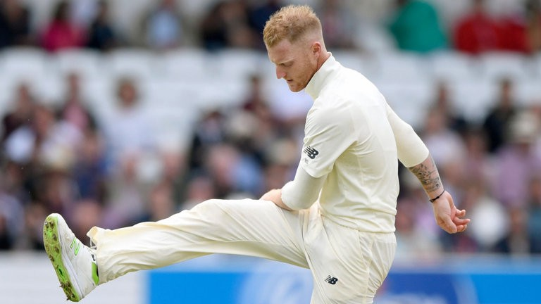 Cricketer Ben Stokes shows his frustration.