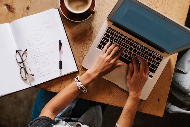 5+ Freelance Writing Jobs That Can Bring You Money - The