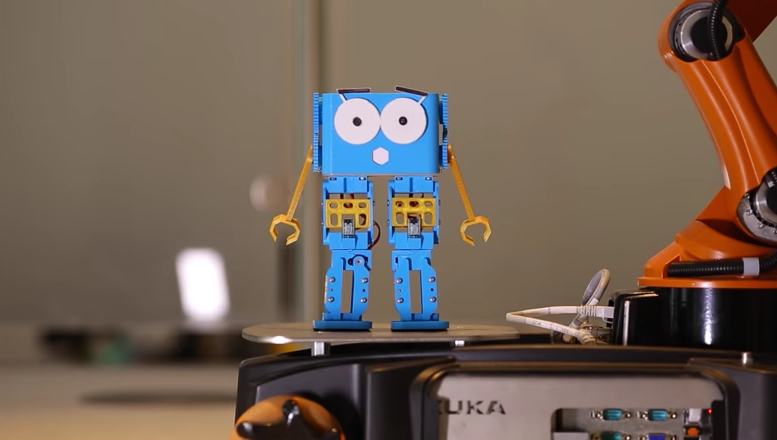Marty is a Cute, Customizable Walking Robot - Hackster Blog